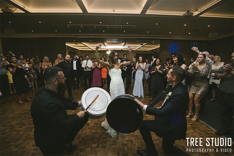 Leonda By The Yarra Wedding Photography Sarah 105 - Wedding Photography in Melbourne: 25 Must-Do Photos on Your Wedding Day