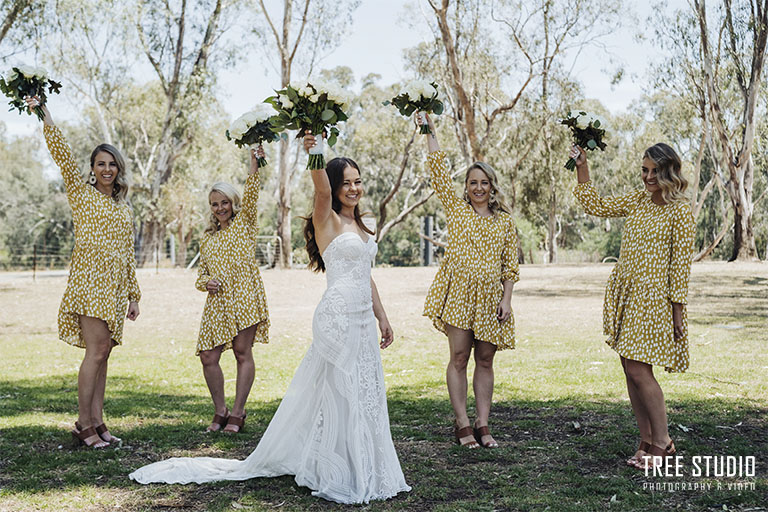 Perricoota Station Wedding Photography K 90 - Kate & Beau's Wedding Photography @ Perricoota Station