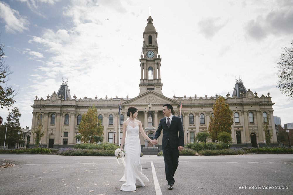 South Melbourne Town Hall Wedding Photography - The best wedding photo locations in Melbourne [2020]